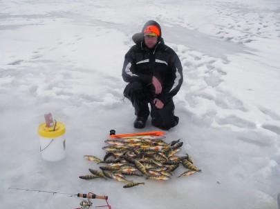 Зимова рибалка для новачка. Безмотилка: способи і техніка проводки
